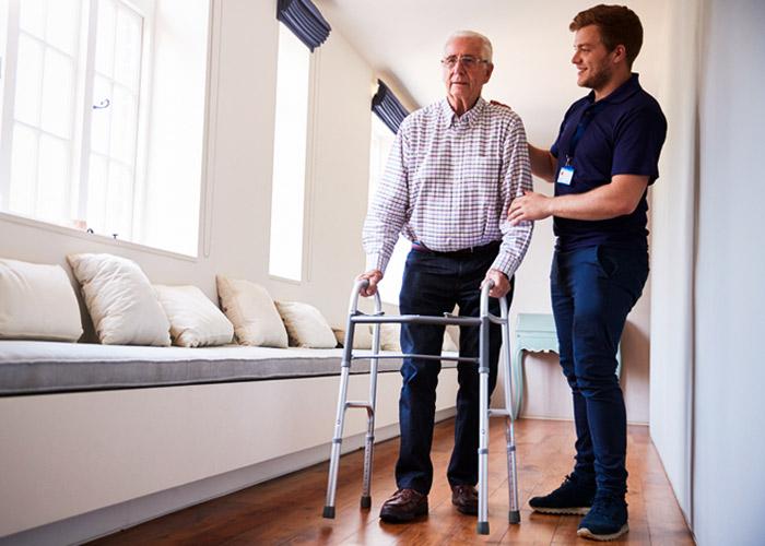 Bénéficiez de soins infirmiers techniques en cabinet ou à domicile